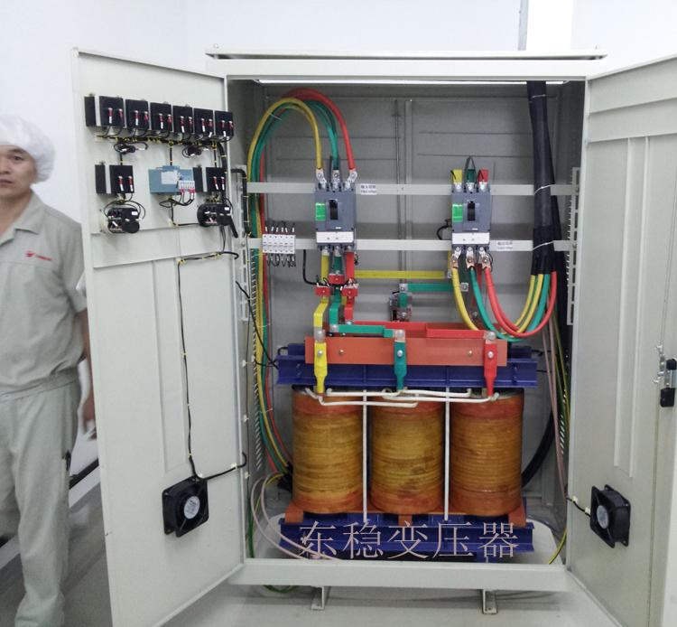 好丽友食品上海公司的250KVA隔离变压器安装现场
